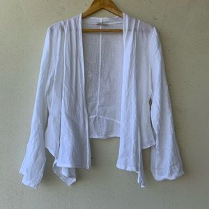 Tops - Light and airy open jacket